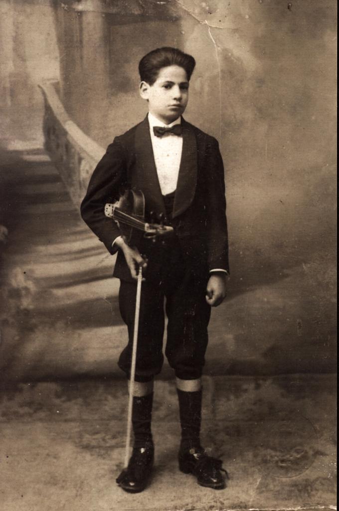 Antonio Rodio a la edad de 12 años. Gentileza de Dolly Díaz.
