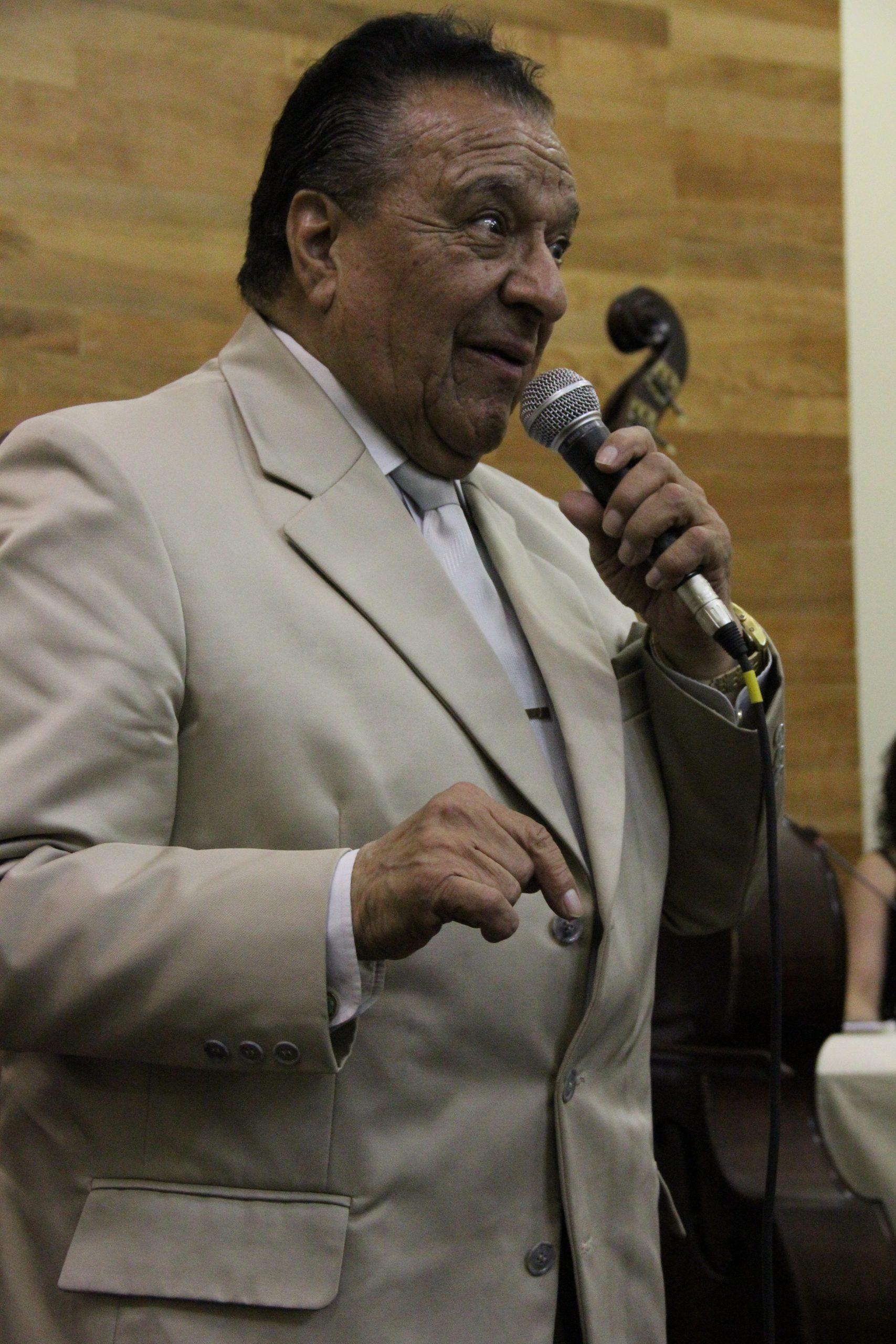 Programa radial sobre el cantor de tangos Manuel Fuentealba