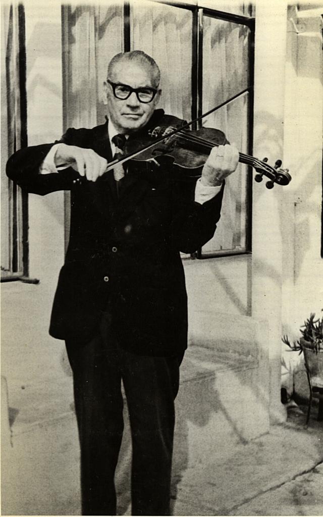 Una de las últimas fotografías de Antonio Rodio. Viña de Mar, 1980. Gentileza: Dolly Díaz.